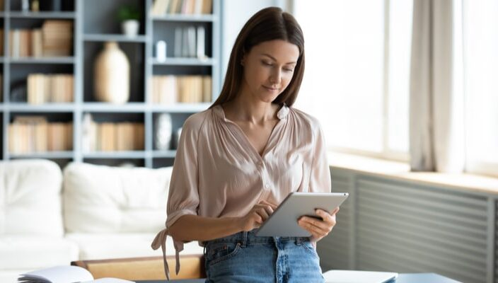 5 benefits of an instant cash loan